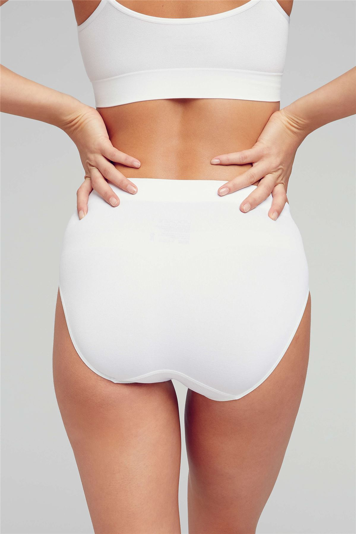 f835fbfcfce7 Jockey Womens Modern Micro Seamfree Hi Cut Brief ladies underwear ...