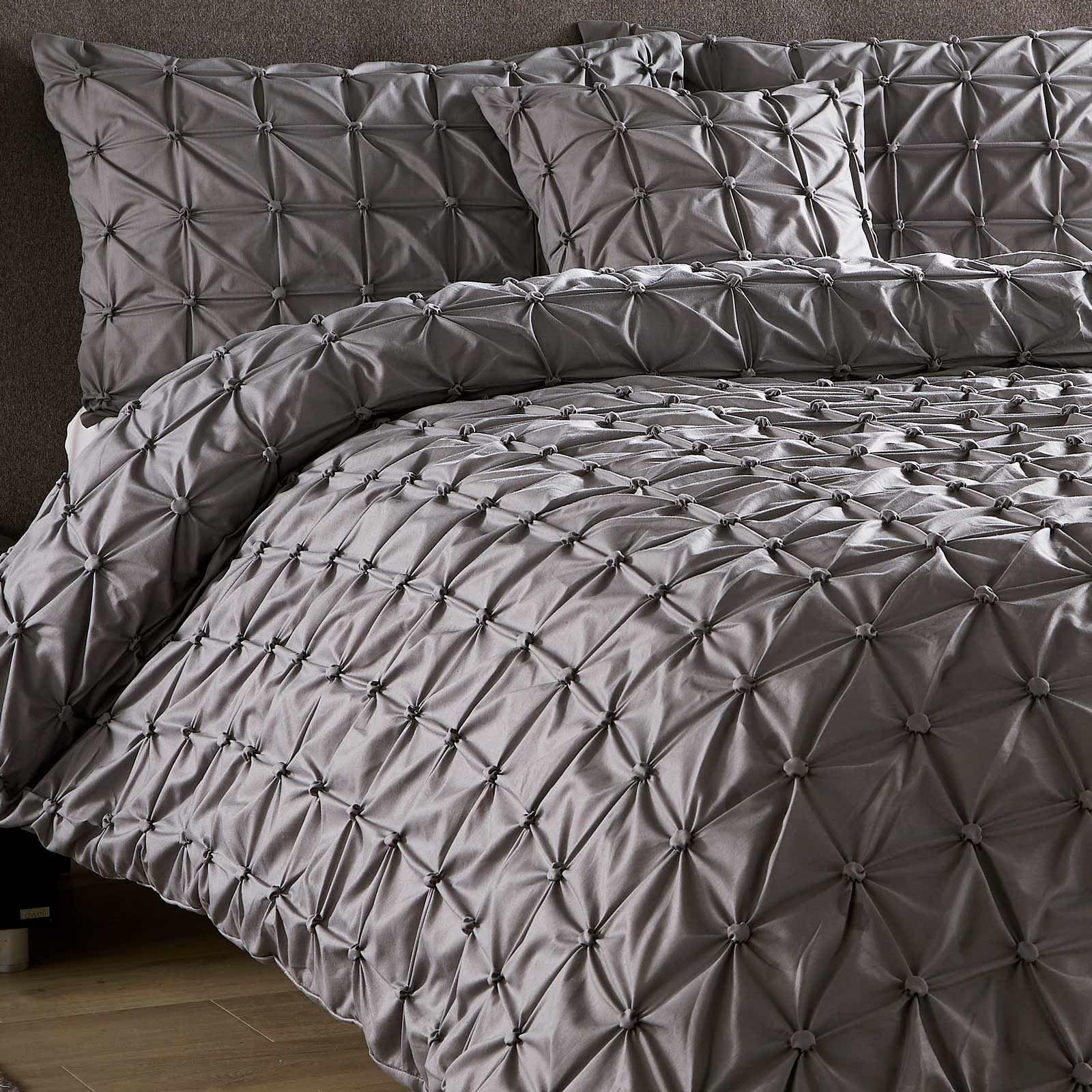 Pleated-Duvet-Covers-Seville-Pintuck-Luxury-Cotton-Rich-Quilt-Bedding-Sets thumbnail 4