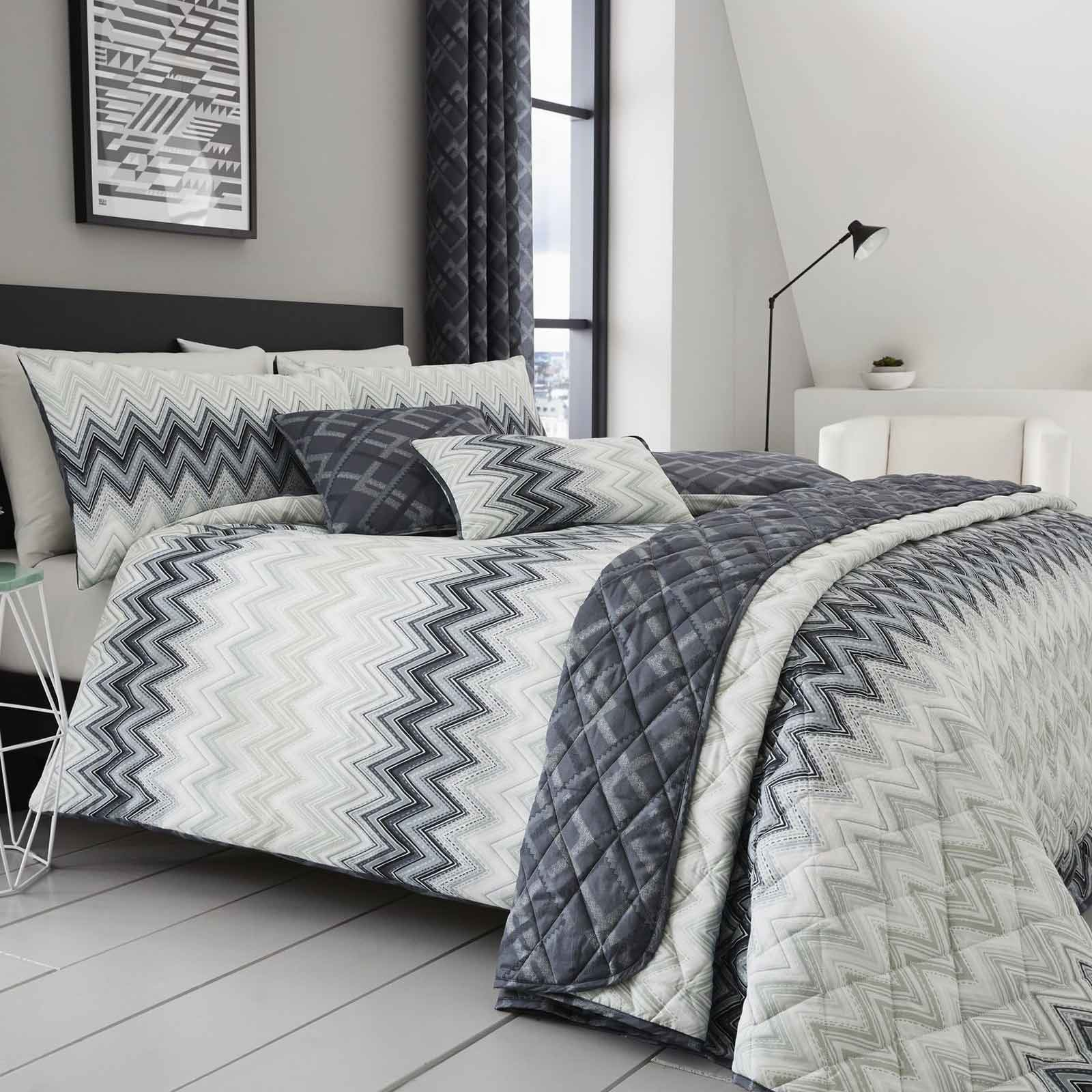 Stunning 200 thread count duvet cover set with a contemporary chevron  print. Fully machine washable. Single sets include one pillow case and all  other sized ... 1a5e5e3a5