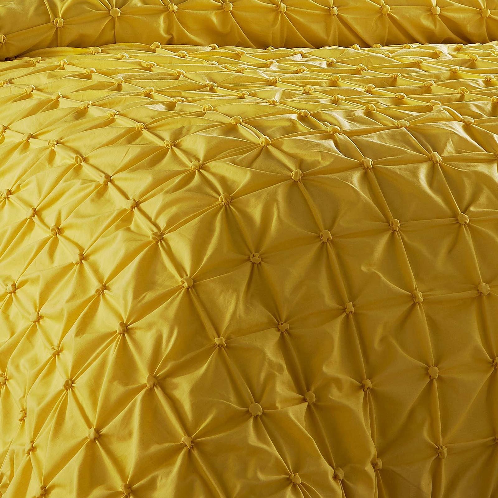 Pleated-Duvet-Covers-Seville-Pintuck-Luxury-Cotton-Rich-Quilt-Bedding-Sets thumbnail 7