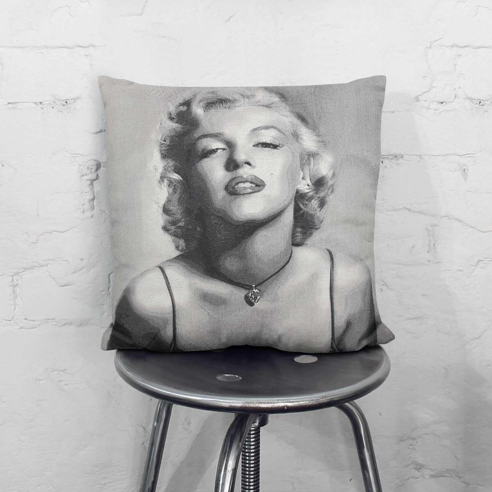Tapestry-Cushion-Covers-Vintage-Pillow-Cover-Collection-18-034-45cm-Filled-Cushions thumbnail 127