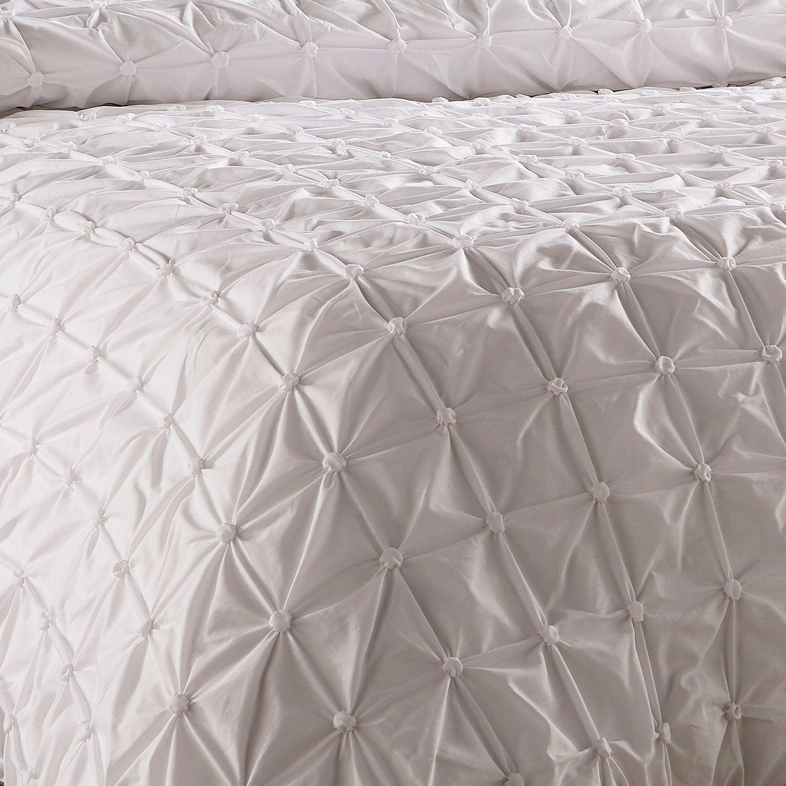 Pleated-Duvet-Covers-Seville-Pintuck-Luxury-Cotton-Rich-Quilt-Bedding-Sets thumbnail 11