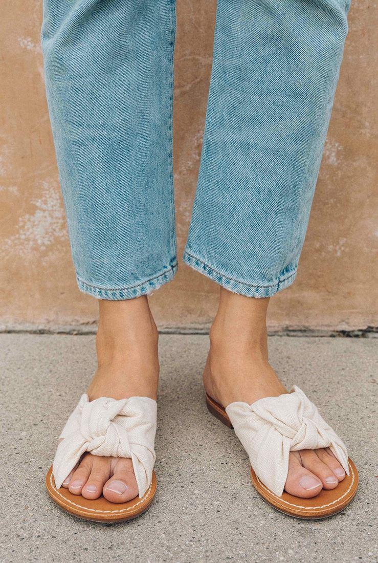 ef76601b433 ... Soludos - Women s Linen Knotted Slide Sandal - Blush ...