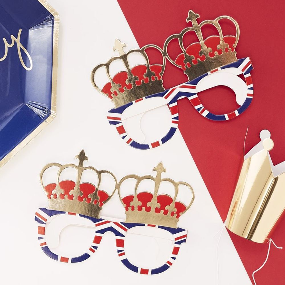 Royal-Wedding-Street-Party-Products-Union-Jack-Plates-Napkins-Bunting-Glasses