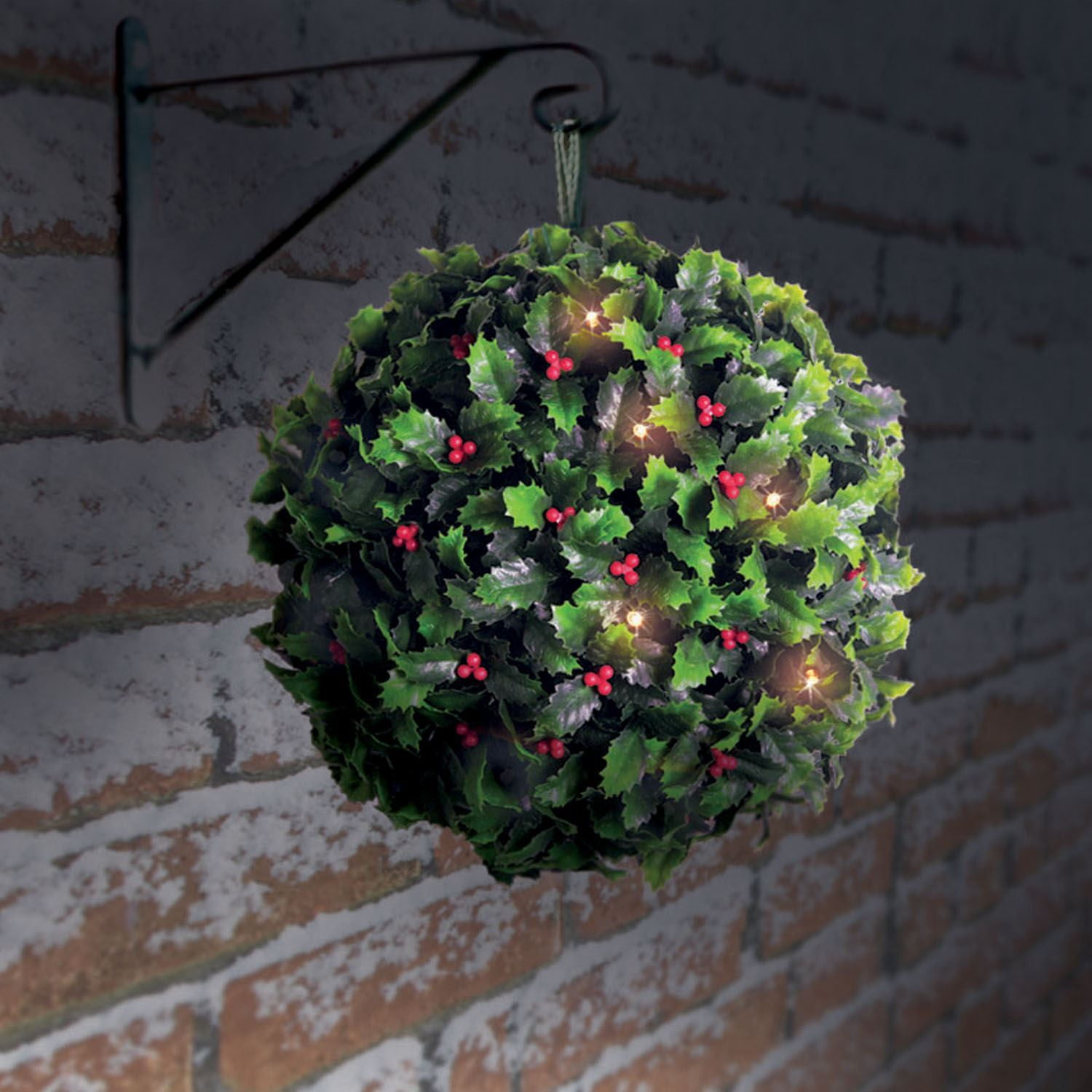 Christmas Topiary Balls.Details About 28cm Solar Holly Berry Topiary Ball With 20 Led Lights Christmas Decoration