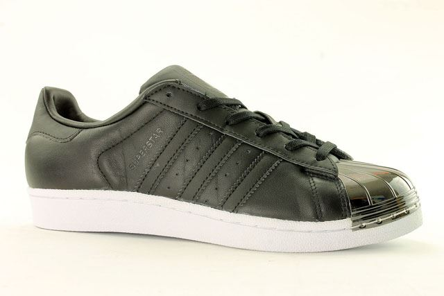 Womens adidas Originals Superstar 80s Metal Toe Trainers in Black  By2883blk125. About this product. Picture 1 of 4  Picture 2 of 4 ... 32895b872