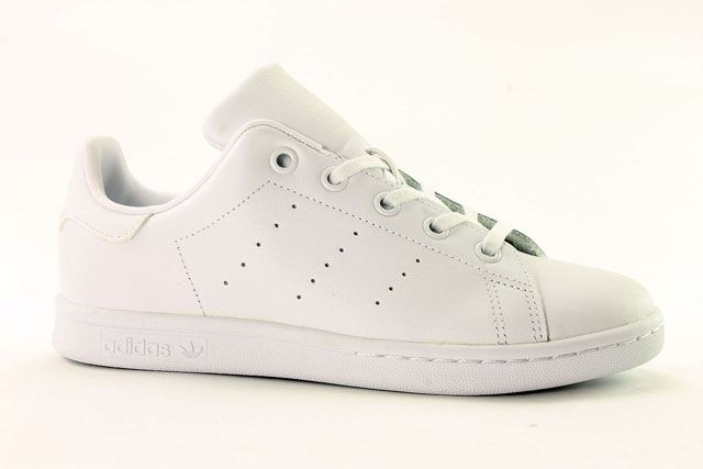 the latest 377a0 49344 adidas Stan Smith Childrens~Style Code BA8388