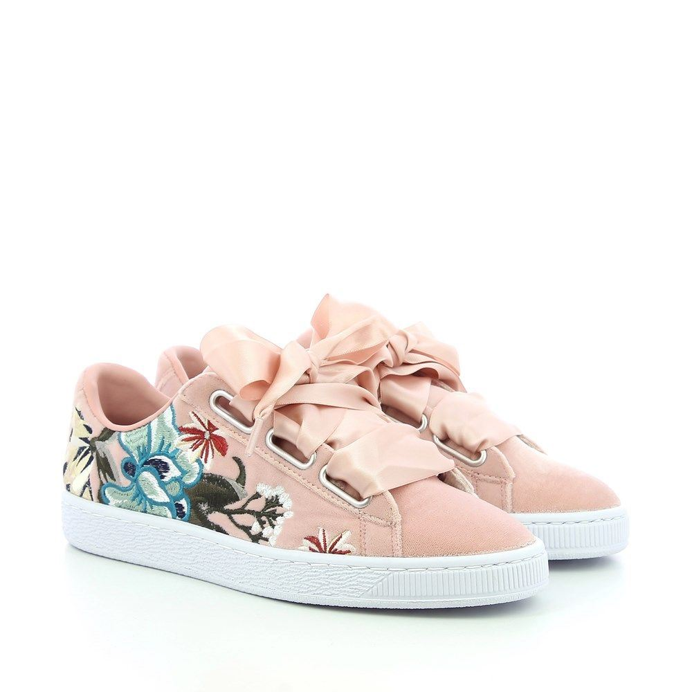 8b6b209ad3 Puma Suede Heart Womens Trainers~RRP £70-£80~Sizes UK 3 to 8 | eBay
