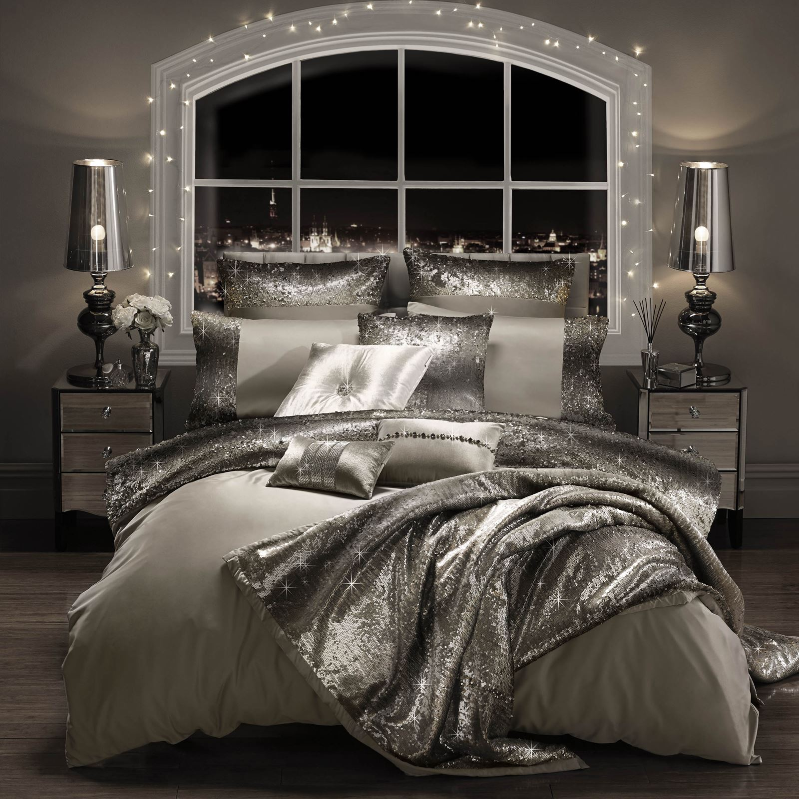 Bedroom Decorating Ideas Black And Silver
