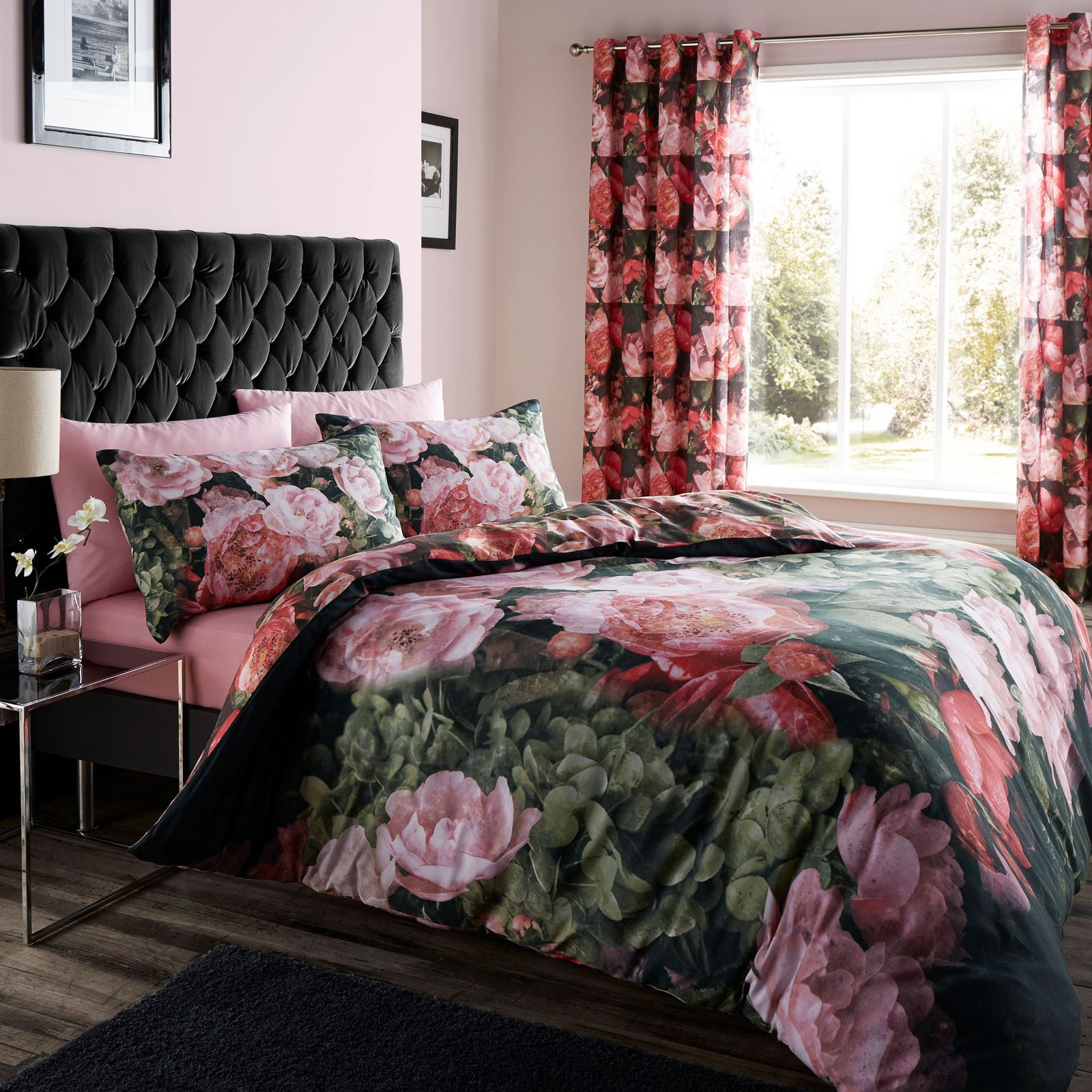 Catherine Lansfield Dramatic Floral Flowers Black Pink Duvet Cover