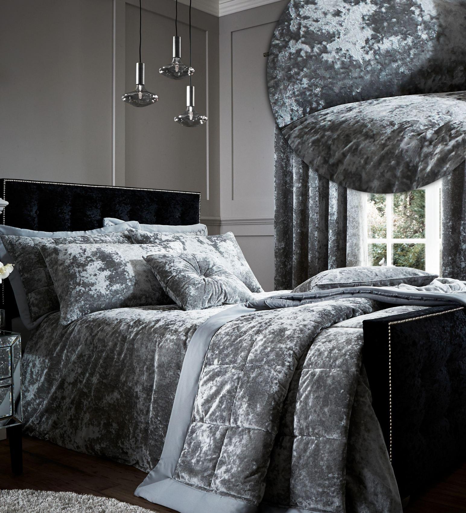 Crushed velvet duvet cover set or throw or curtains or for Velvet bedroom designs