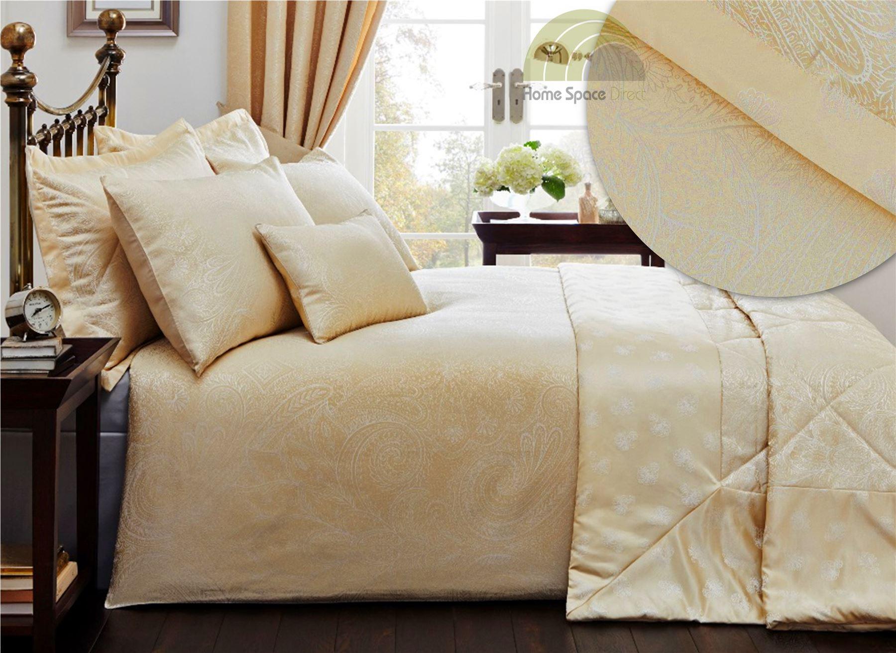 luxury quilt duvet cover pillowcase bed sets bedding 4. Black Bedroom Furniture Sets. Home Design Ideas