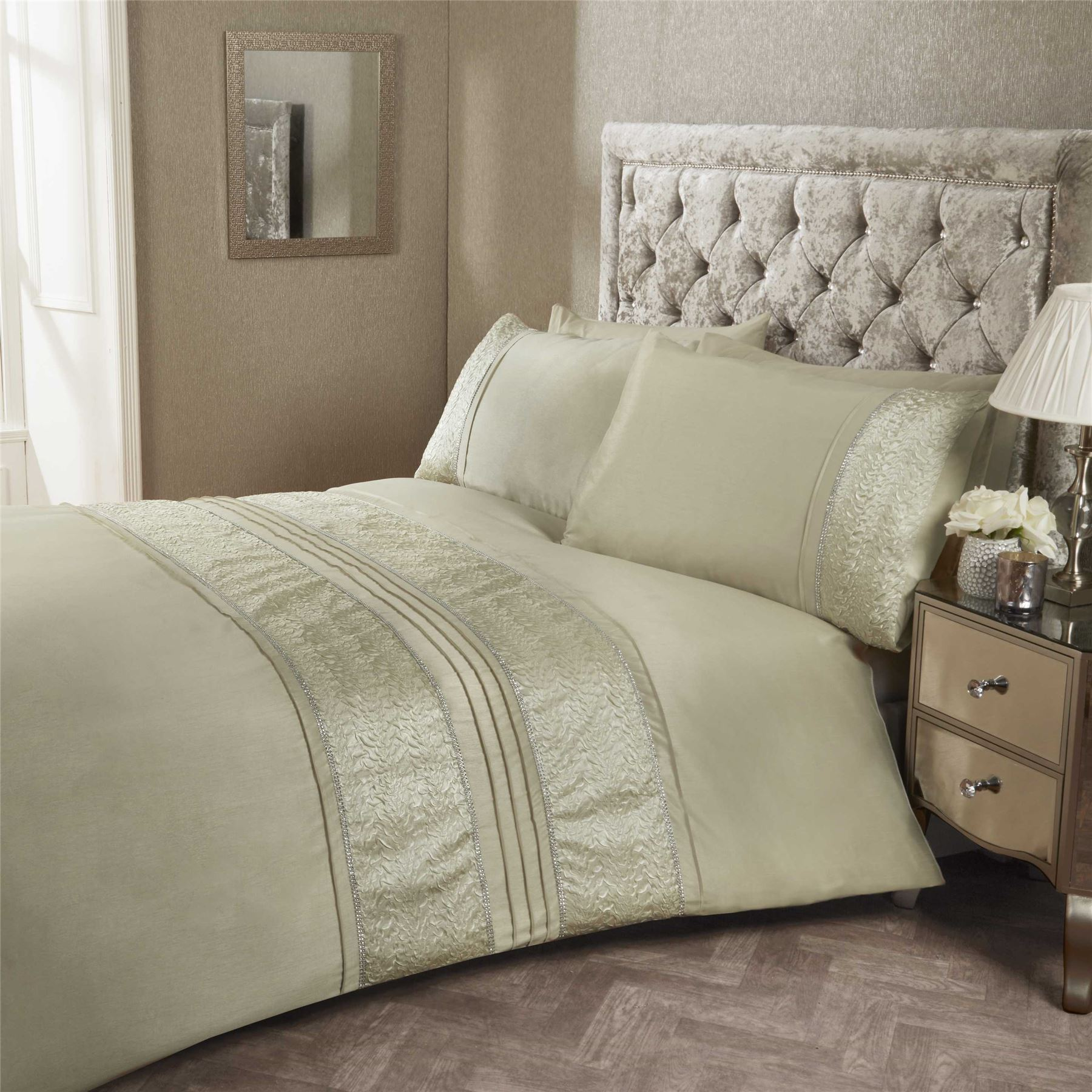 Crystal Diamante Detail Duvet Quilt Cover Bed Sets White