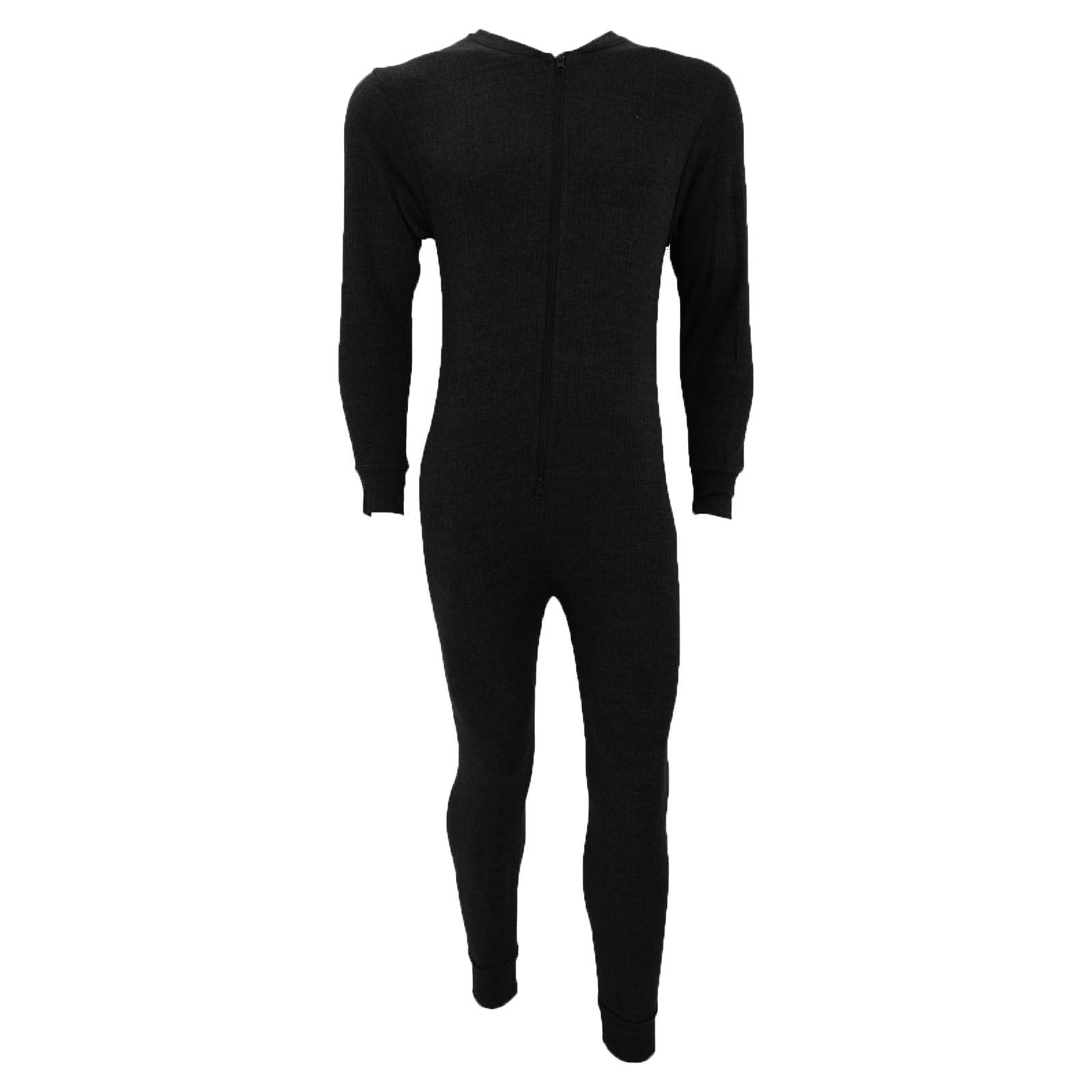 Built for all-round warmth, comfort and performance, SKINS DNAmic Thermal All-in-one Suit is made for on-Piste performance. With Dynamic Gradient Compression providing more oxygen and support to your muscles, that pesky leg