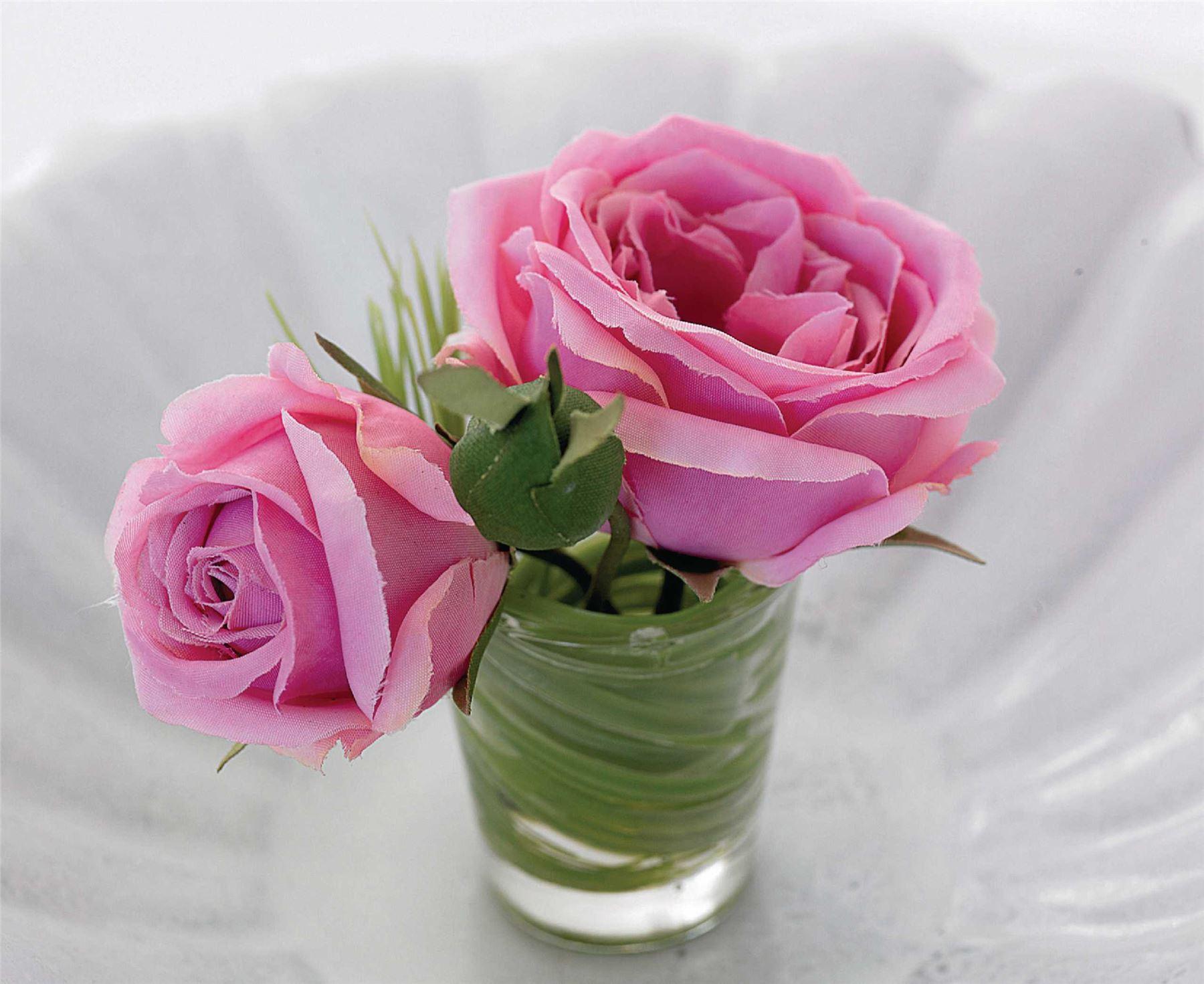 Bloomof The Month 12 Seasonal Designs Leaf-Lined Vase Artificial ...