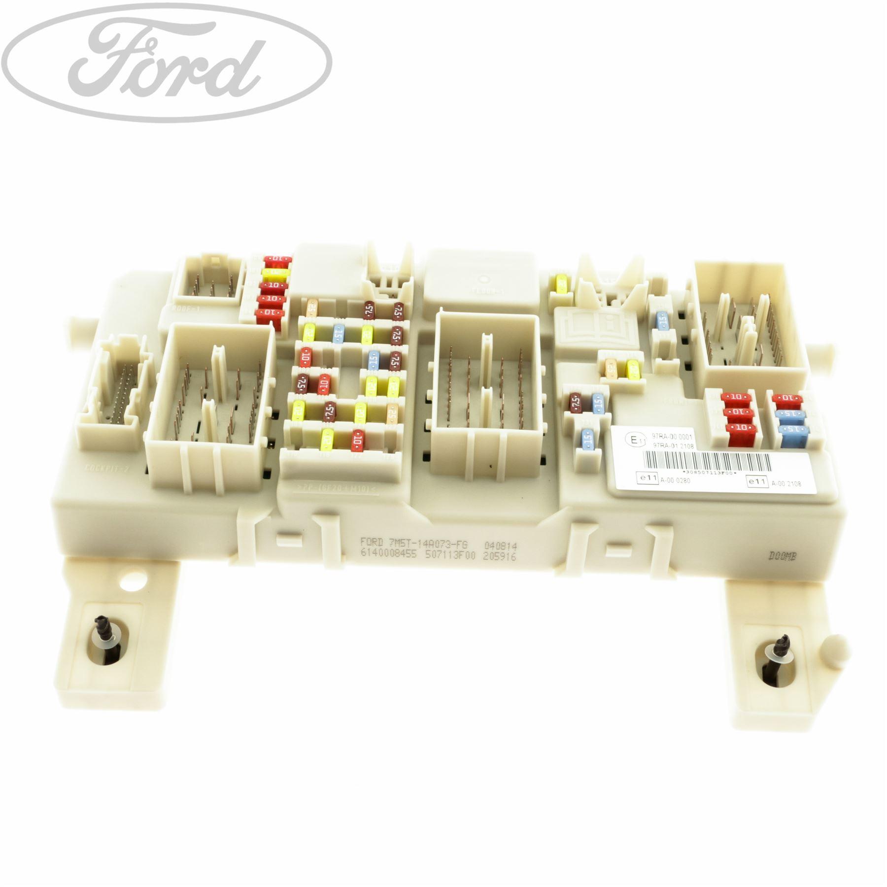 genuine ford c max focus mk2 kuga mk1 focus c max fuse. Black Bedroom Furniture Sets. Home Design Ideas