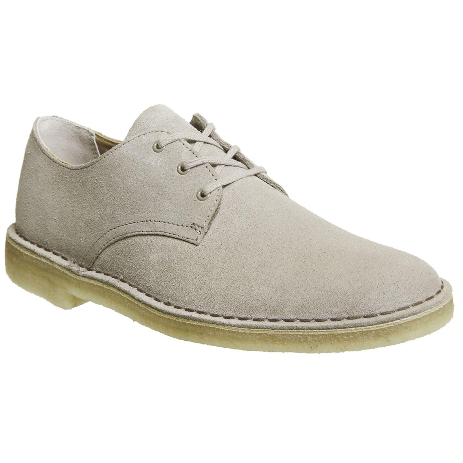 fdc99fe9fd26bc Clarks Originals Desert Crosby Sand Mens Suede Derby Low-Profile Shoes