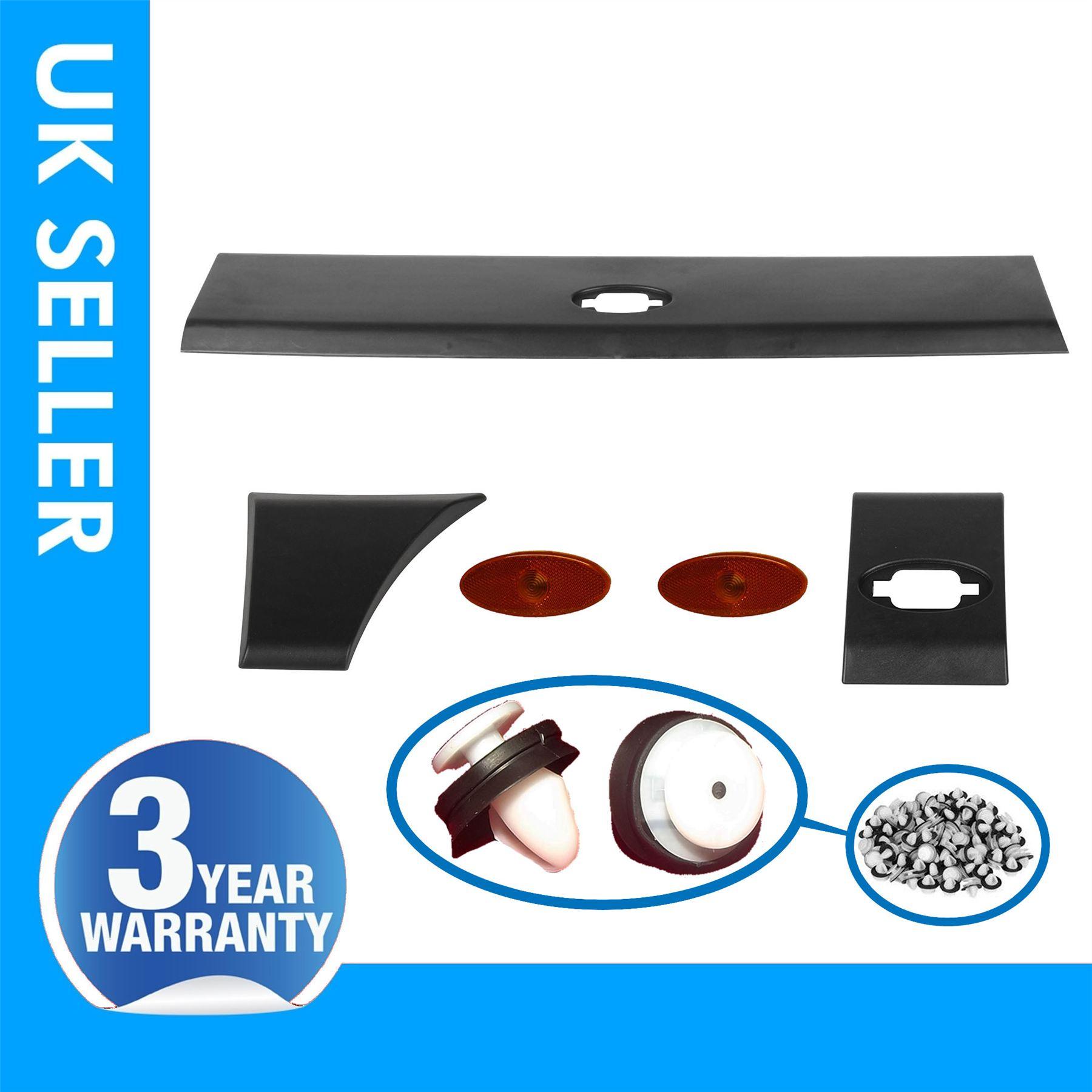 LEFT RENAULT MASTER MK3 Door Moulding Rub Strip Centre Indicator Lamp