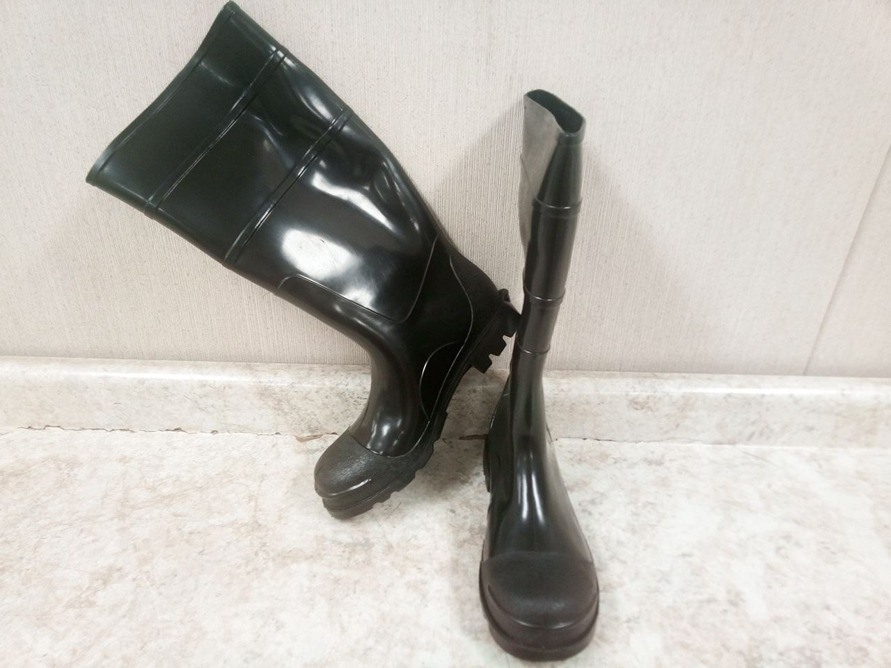 West Chester 8350 12 PVC Steel Toe Boot Size 12 Black