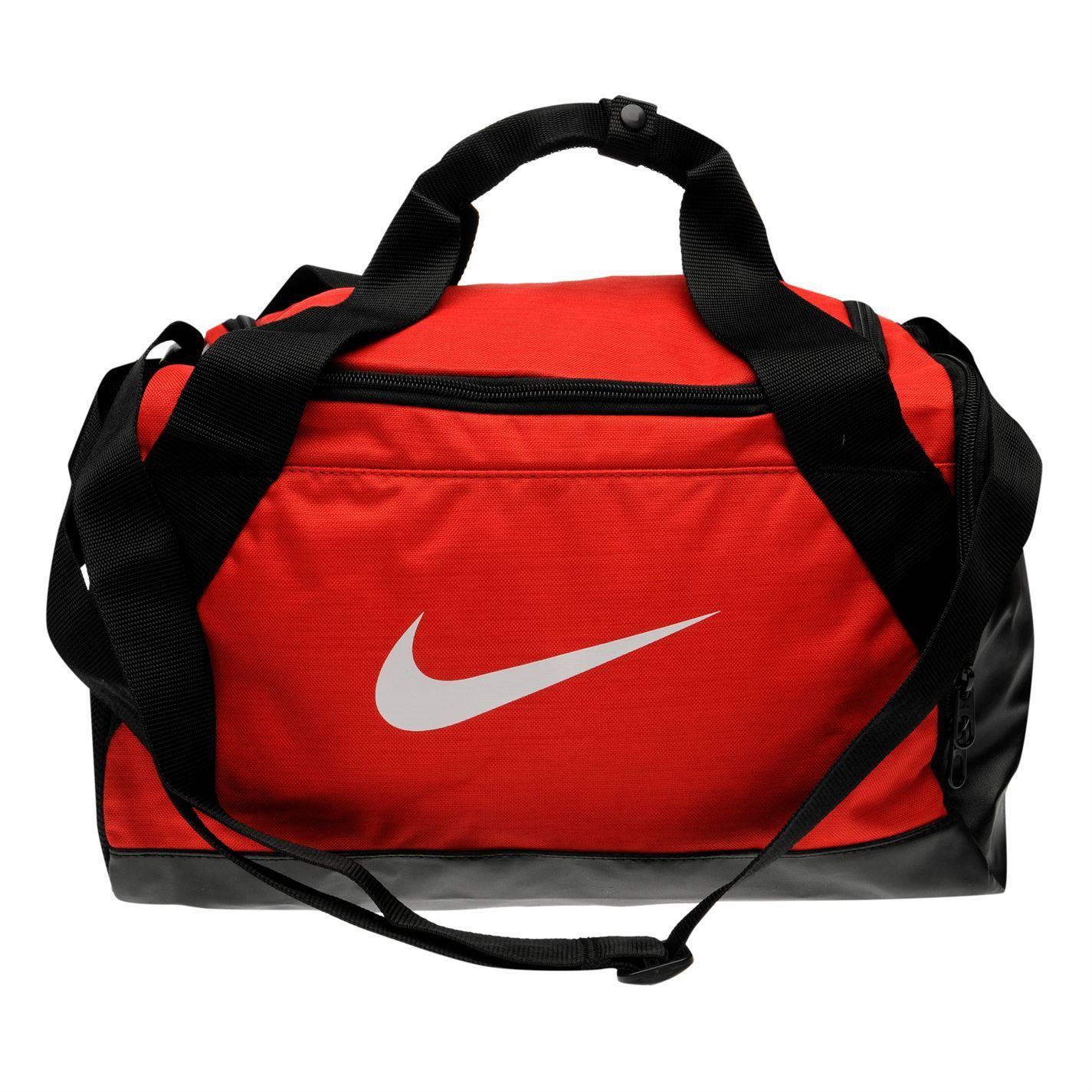 3ca138efbc ... Holdall Gym rouge sac fourre-tout de sport Nike Brasilia XS Grip ...