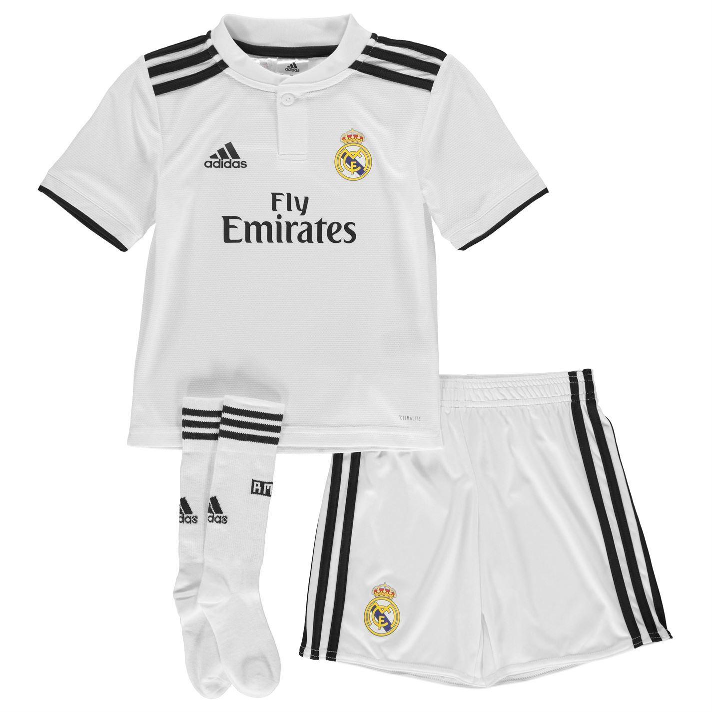 20f6c8d8 ... Adidas Real Madrid Home Mini Kit 2018 2019 nourrissons blanc Football  Soccer Strip ...