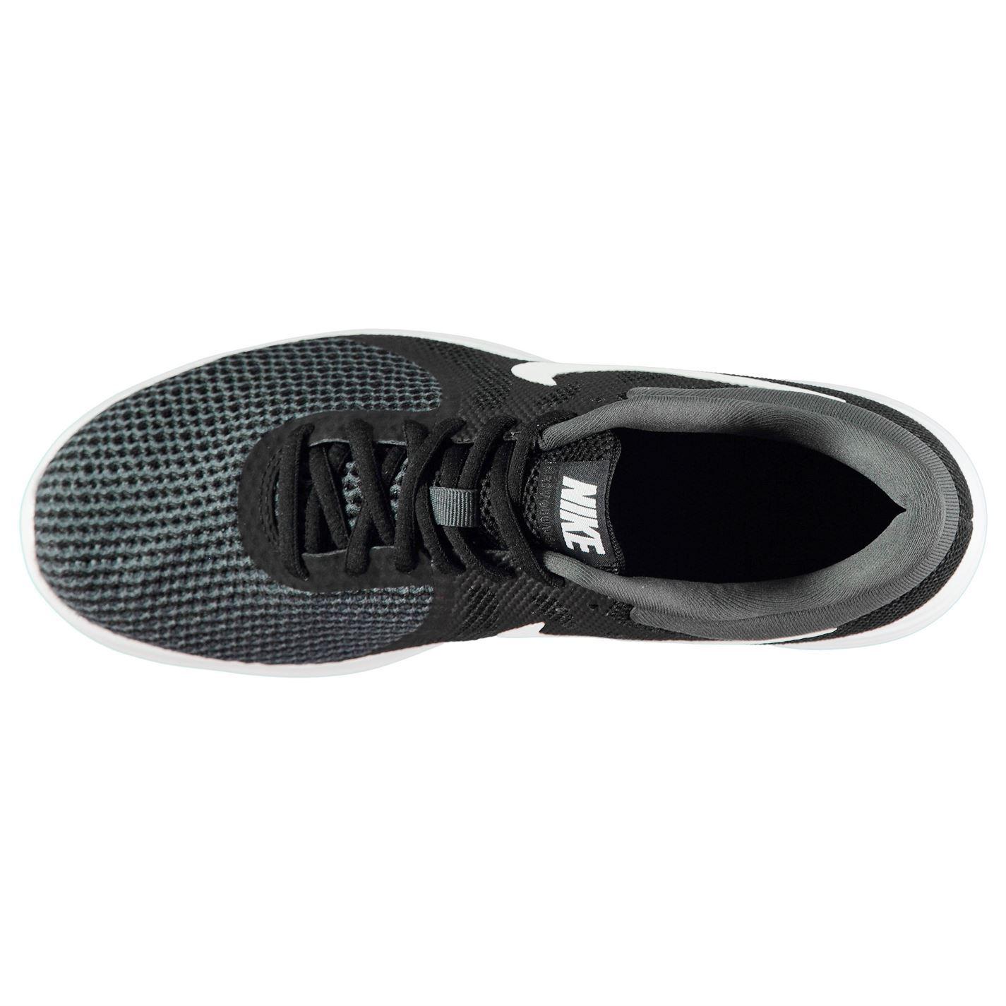 new product 96752 4b733 ... Sport baskets chaussures de Nike Revolution 4 formateurs Mens  Black White
