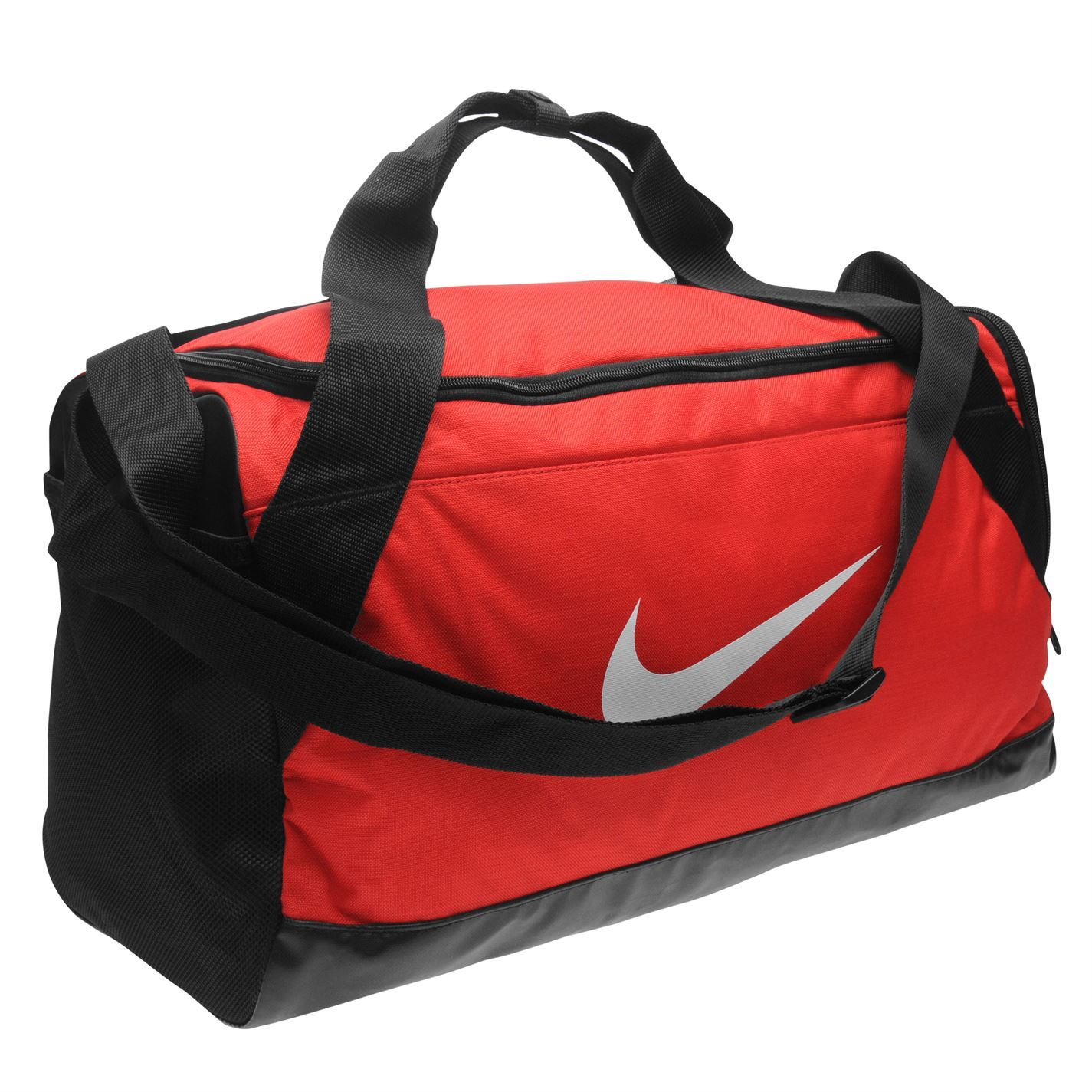 ... Nike Brasilia Small Grip Sports Holdall Red Gym Kit Bag Carryall ... 1f8f5c3d58979