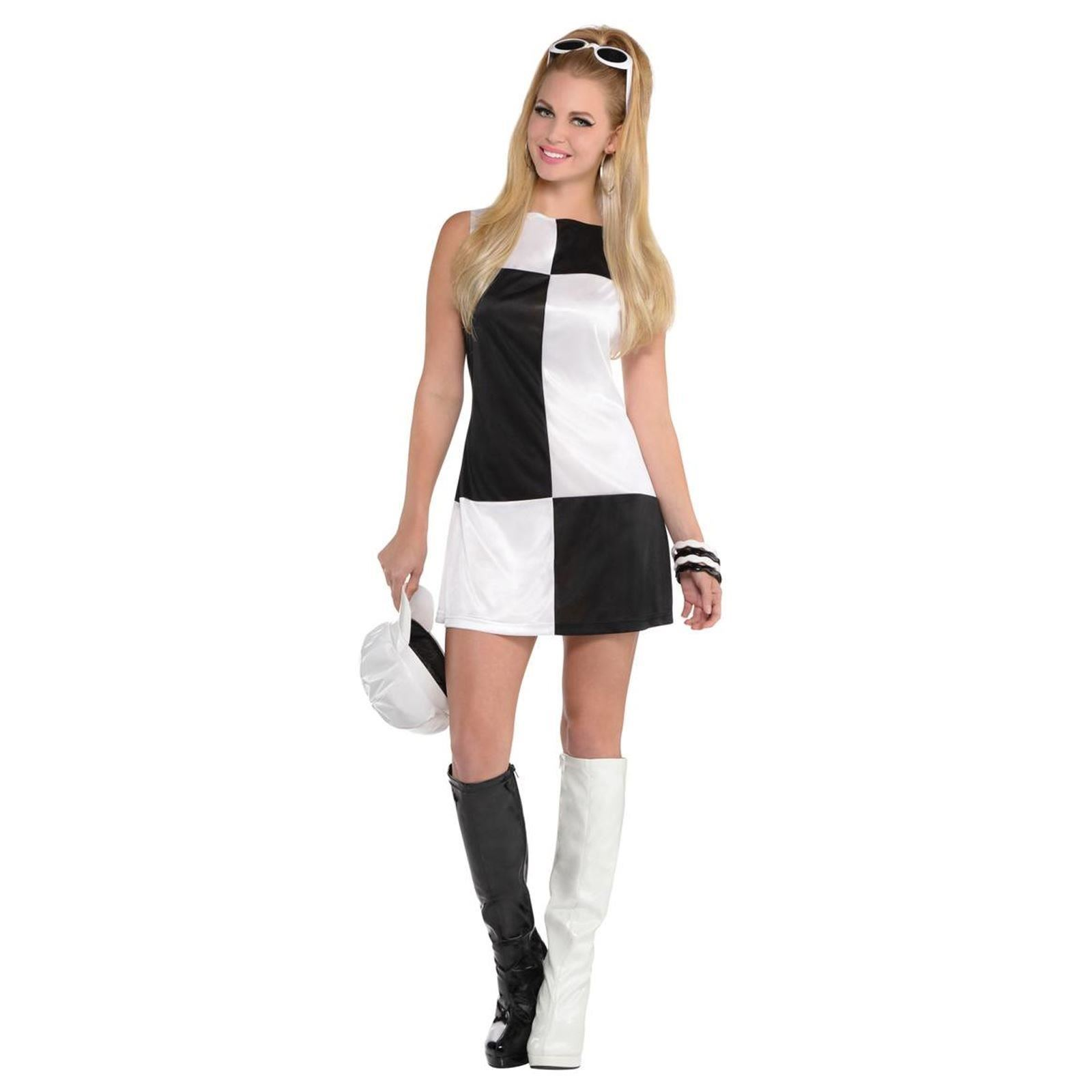 Costume for black and white dress