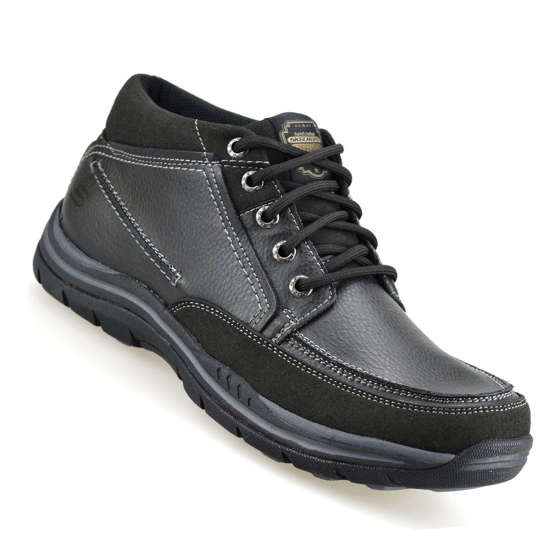 Dettagli su Da Uomo Skechers Pelle Relaxed Fit Foam Da Passeggio Alla Caviglia MEMORY Stivali Scarpe mostra il titolo originale