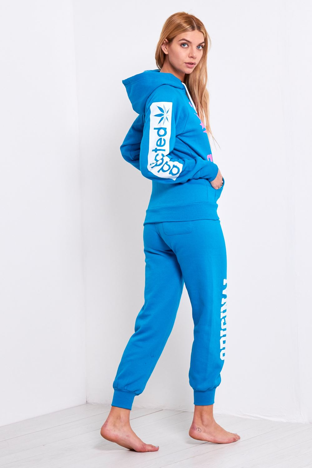 WOMEN'S TRACKSUITS. Trends recycle. But long gone are the days dominated with pressed stiff skirts and boxy-looking dresses for women's casual wear.