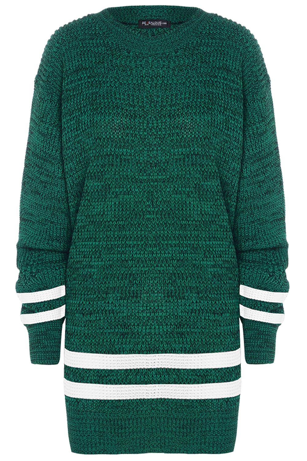 """12 Best Chunky Knit Sweater Patterns. 1. The Bubbles Pull With this sweater, I already have my poms for the football game!Okay, not the same kind of """"pom-poms"""", but you have to admit that this wool sweater from Bettaknit would not only keep my warm and ."""