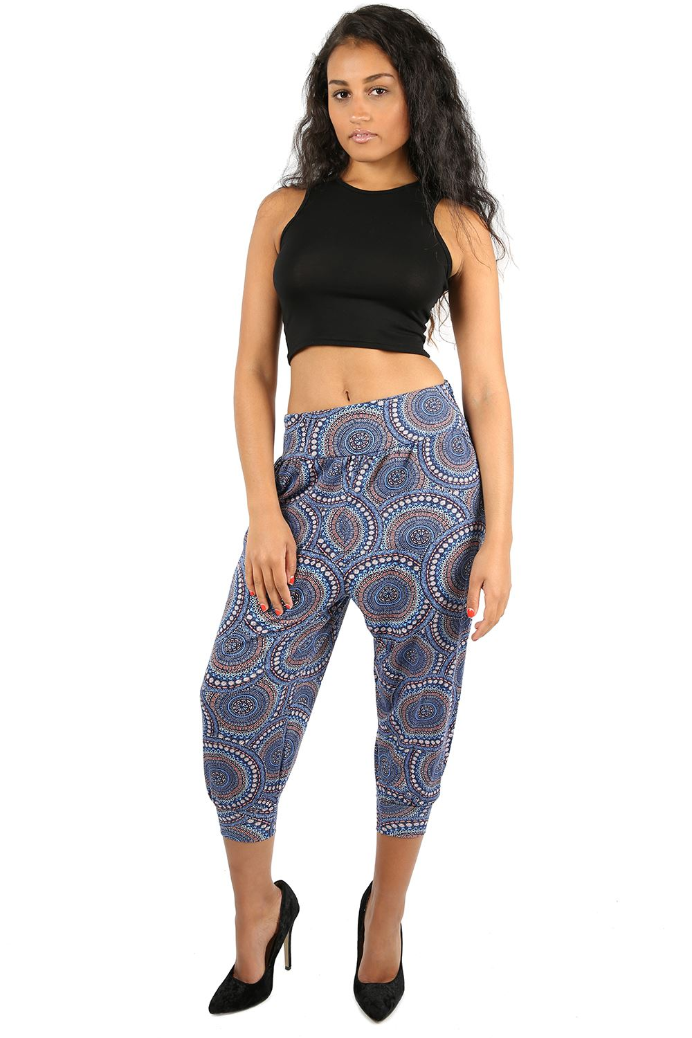 Free shipping on cropped & capri pants for women a loadingbassqz.cf Shop by rise, material, size and more from the best brands. Free shipping & returns.