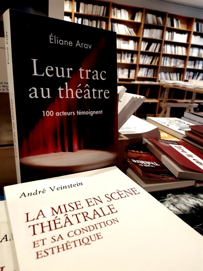 Interview de Charles-Henri Ménival. Trois hommes en libraire !