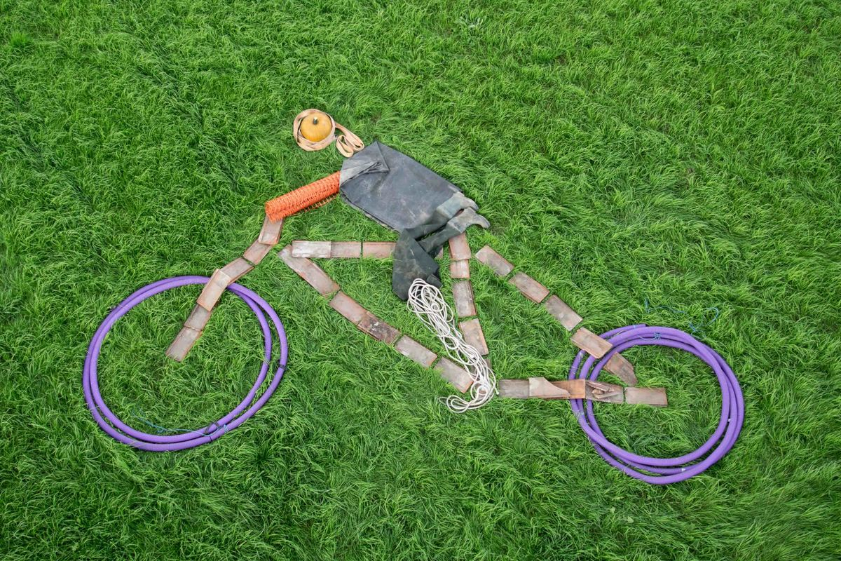 Bike rider Art Attack