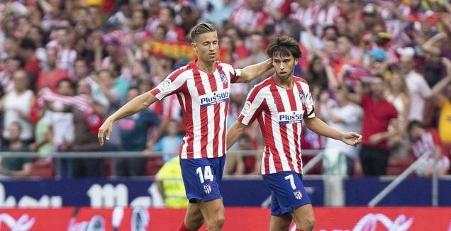 ז'ואאו פליקס חוגג עם מרקוס יורנטה (La Liga)