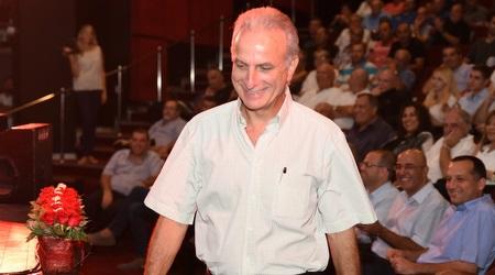 """ד""""ר אורי שפר. הקים ארגון מאמנים לאומי (נעם מורנו)"""