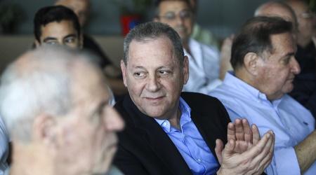 """יגאל כרמי יו""""ר הוועד האולימפי. מביא תמיכה מספונסרים (איתי כהן)"""
