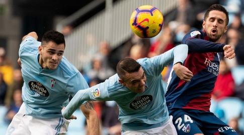 יאגו אספאס במאבק על הכדור (La Liga)