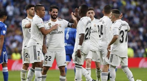 איסקו חוגג עם שחקני ריאל מדריד (La Liga)