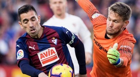 תומאש ואצליק מנסה להגיע (La Liga)