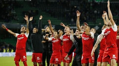 שחקני סביליה חוגגים (La Liga)