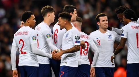 שחקני נבחרת אנגליה חוגגים (רויטרס)