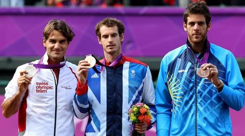 חואן דל פוטרו, אנדי מארי ורוג'ר פדרר עם המדליות בלונדון 2012 (רויטרס)