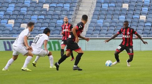 פרנסיסקו ג'וניור עם הכדור (עמית מצפה)