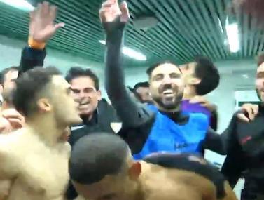 שחקני סביליה חוגגים את הניצחון היוקרתי