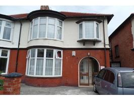 2 Bed Flat, Lincoln Road, FY1