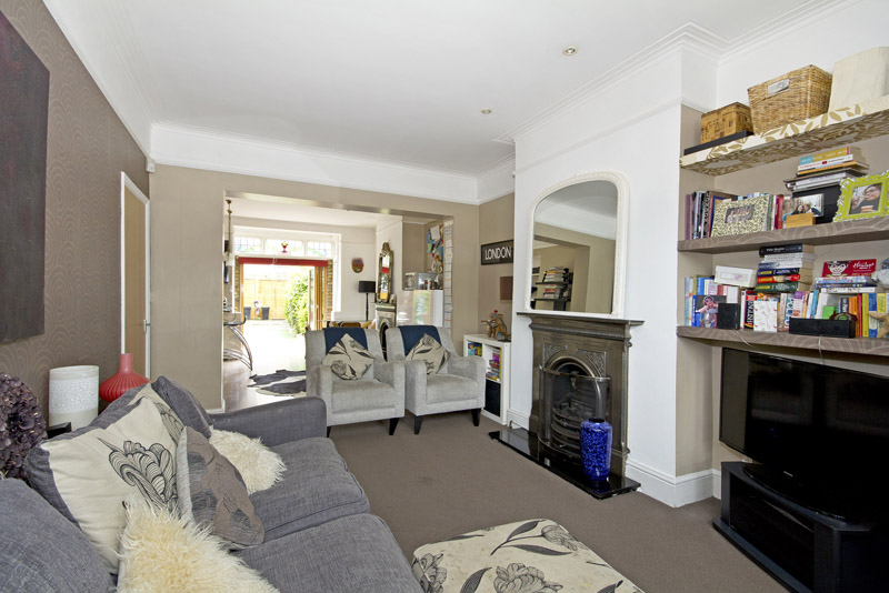 London 4 Bed Terraced House Topsham Road Sw17 To