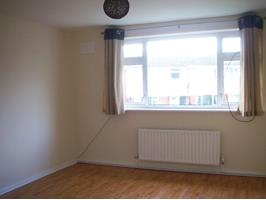 1 Bed Flat, Croughton Court, CH66