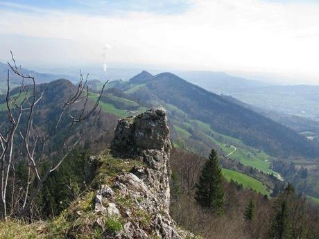 Blick von der Belchenfluh Richtung Olten und dem Engelberg