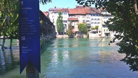 Stele auf dem Schweizer Schriftstellerweg